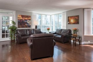 """Photo 3: 1102 717 JERVIS Street in Vancouver: West End VW Condo for sale in """"EMERALD WEST"""" (Vancouver West)  : MLS®# R2262290"""
