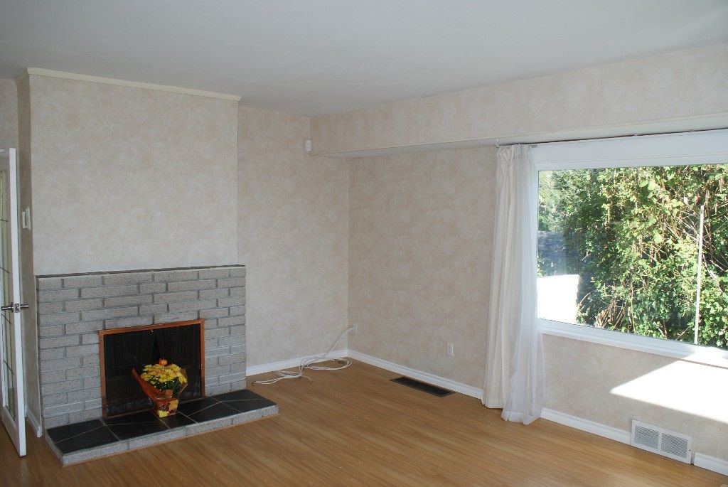 Photo 15: Photos: 2595 Lawson Avenue in West Vancouver: Dundarave House for rent