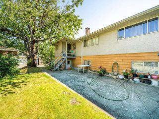 Photo 9: 4955 LORRAINE Avenue in Burnaby: Central Park BS Duplex for sale (Burnaby South)  : MLS®# R2597969