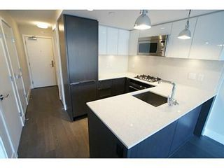 Photo 4: 303 538 7TH Ave W in Vancouver West: Fairview VW Home for sale ()  : MLS®# V1054544