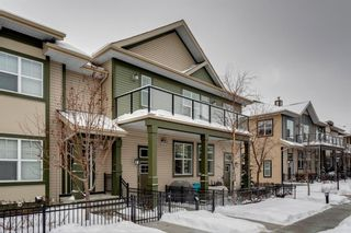 Photo 1: 231 Mckenzie Towne Square SE in Calgary: McKenzie Towne Row/Townhouse for sale : MLS®# A1069933