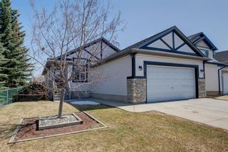 Photo 2: 355 Somerset Drive SW in Calgary: Somerset Detached for sale : MLS®# A1096882