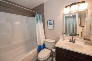 Photo 13: SCRIPPS RANCH Townhouse for sale : 2 bedrooms : 9934 Caminito Chirimolla in San Diego