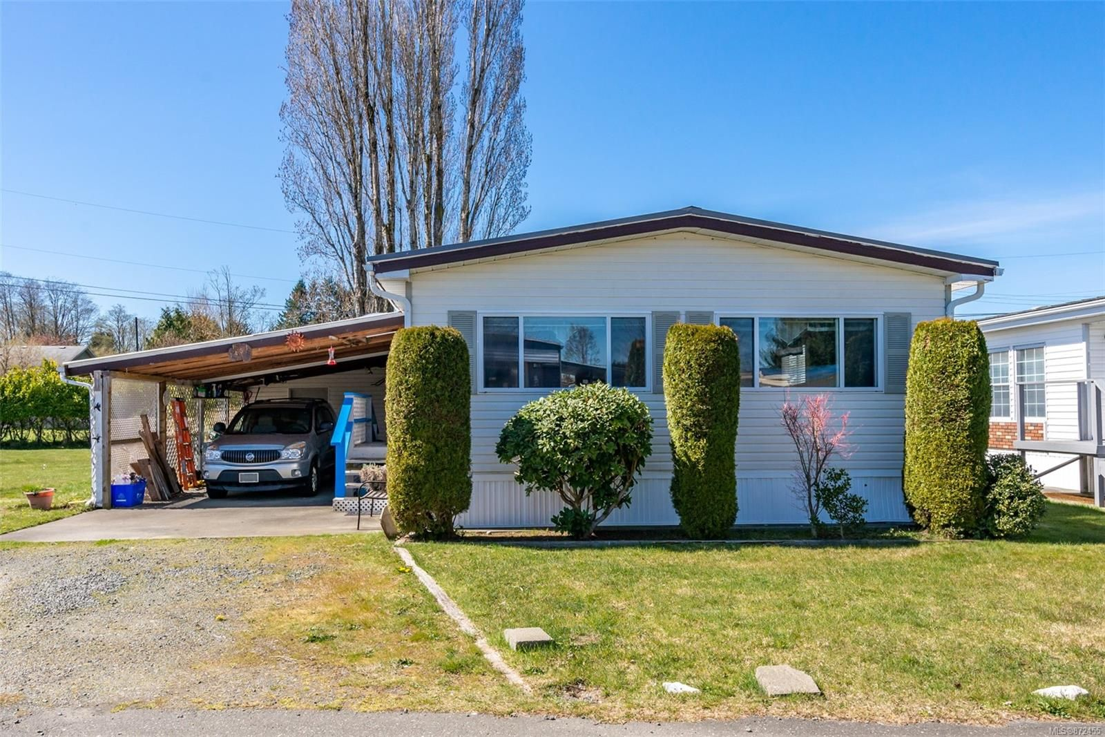 Main Photo: 15 1451 Perkins Rd in : CR Campbell River North Manufactured Home for sale (Campbell River)  : MLS®# 872455