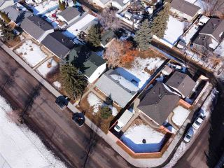 Photo 38: 11208 134 Avenue in Edmonton: Zone 01 House for sale : MLS®# E4231271