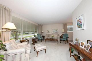 Photo 3: 872 Centennial Street in Winnipeg: River Heights South Residential for sale (1D)  : MLS®# 1813395