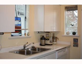 Photo 5: 1845 W 11TH Avenue in Vancouver: Kitsilano Townhouse for sale (Vancouver West)  : MLS®# V758726