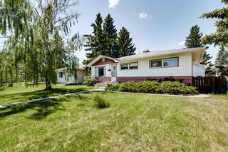 Photo 3: 73 Galway Crescent SW in Calgary: Glamorgan Detached for sale : MLS®# A1116247