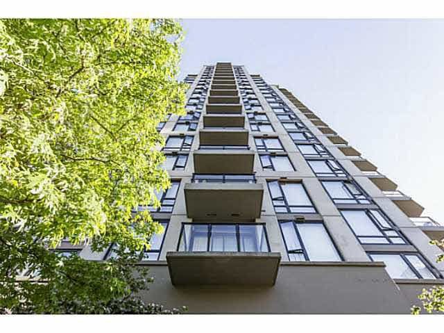"""Main Photo: 1804 151 W 2ND Street in North Vancouver: Lower Lonsdale Condo for sale in """"SKY"""" : MLS®# R2030955"""
