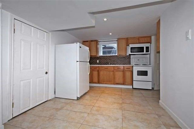 Photo 6: Photos: Lower 50 S Wilson Road in Oshawa: Central House (Bungalow) for lease : MLS®# E4018208
