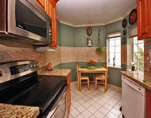 """Photo 5: Photos: 308 8633 SW MARINE Drive in Vancouver: Marpole Condo for sale in """"SOUTHBEND"""" (Vancouver West)  : MLS®# V765921"""