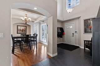 Photo 3: 1 Everglade Place SW in Calgary: Evergreen Detached for sale : MLS®# A1104677