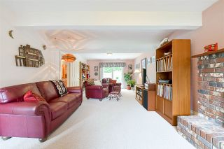 """Photo 15: 1705 142 Street in Surrey: Sunnyside Park Surrey House for sale in """"Ocean Bluff"""" (South Surrey White Rock)  : MLS®# R2165784"""