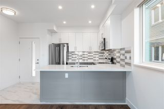 """Photo 3: 306 218 CARNARVON Street in New Westminster: Downtown NW Condo for sale in """"Irving Living"""" : MLS®# R2545879"""