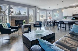 Photo 3: 192 Cougartown Close SW in Calgary: Cougar Ridge Detached for sale : MLS®# A1106763