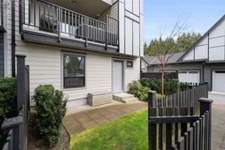 """Photo 31: 10 2427 164 Street in Surrey: Grandview Surrey Townhouse for sale in """"THE SMITH"""" (South Surrey White Rock)  : MLS®# R2565013"""