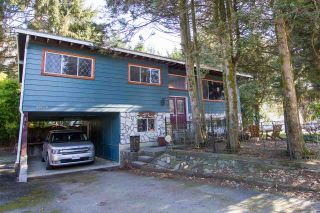 Photo 2: 38108 CHESTNUT Avenue in Squamish: Valleycliffe House for sale : MLS®# R2557673