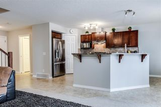 Photo 10: 81 ROYAL CREST View NW in Calgary: Royal Oak Semi Detached for sale : MLS®# C4253353