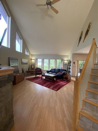 """Photo 8: 1002 PANORAMA Place in Squamish: Hospital Hill House for sale in """"Hospital Hill"""" : MLS®# R2502183"""