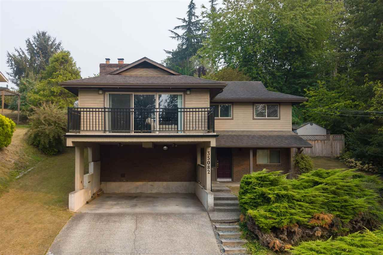 Main Photo: 35082 HIGH Drive in Abbotsford: Abbotsford East House for sale : MLS®# R2356468