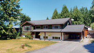 "Photo 2: 2363 THE BOULEVARD in Squamish: Garibaldi Highlands House for sale in ""Garibaldi Highlands"" : MLS®# R2602086"
