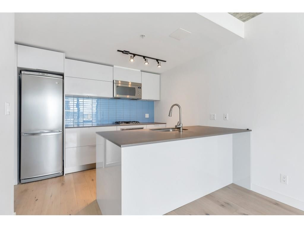 """Photo 7: Photos: 1704 128 W CORDOVA Street in Vancouver: Downtown VW Condo for sale in """"WOODWARDS"""" (Vancouver West)  : MLS®# R2592545"""