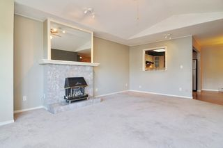 """Photo 3: 302 6440 197 Street in Langley: Willoughby Heights Condo for sale in """"THE KINGSWAY"""" : MLS®# R2420735"""