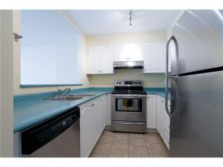Photo 5: 7 2378 RINDALL Avenue in Port Coquitlam: Central Pt Coquitlam Condo for sale : MLS®# V947578
