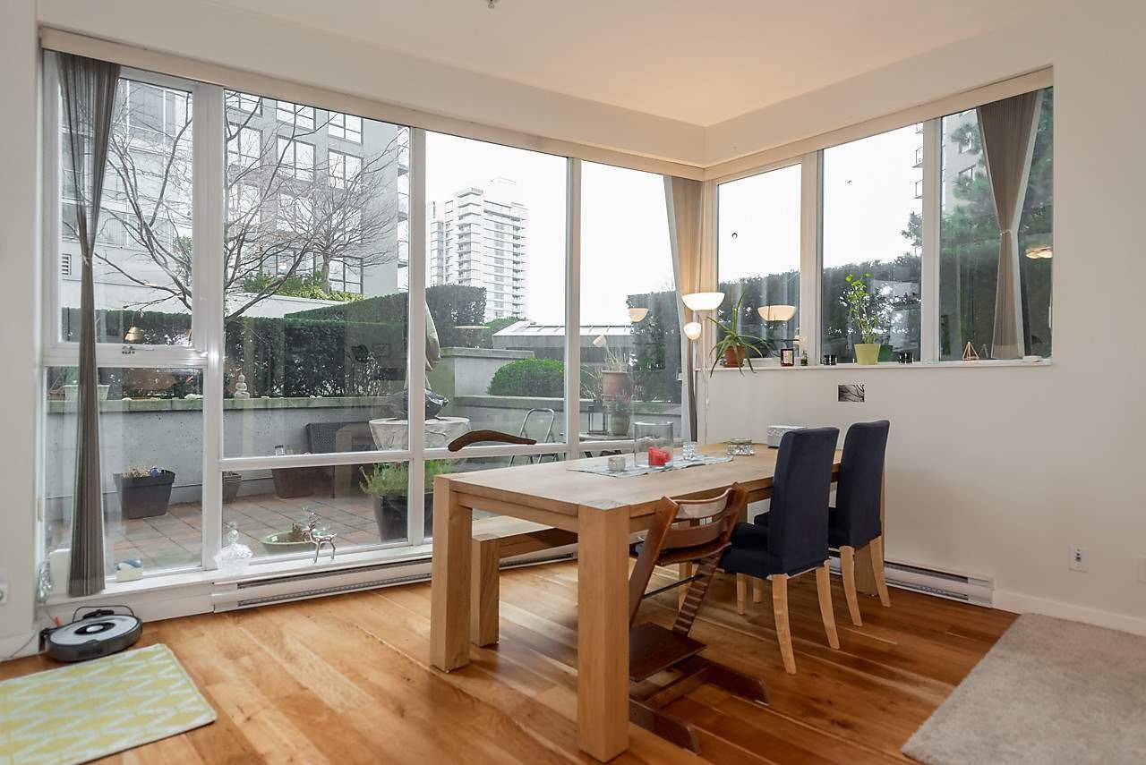 Photo 4: Photos: 101 550 PACIFIC STREET in Vancouver: Yaletown Condo for sale (Vancouver West)  : MLS®# R2135821