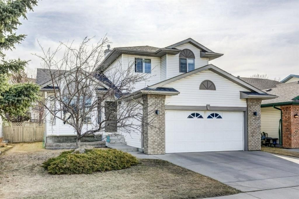 Main Photo: 10 Jensen Heights Place NE: Airdrie Detached for sale : MLS®# A1091171