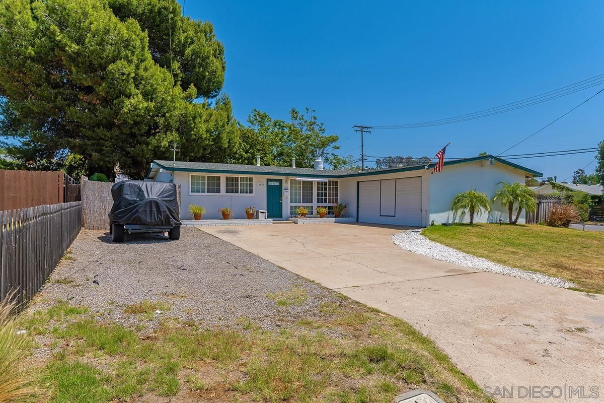 Main Photo: POWAY House for sale : 3 bedrooms : 13903 Powers Rd