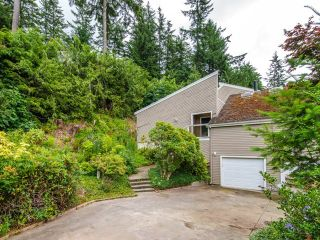 Photo 11: 115 MOUNTAIN Drive: Lions Bay House for sale (West Vancouver)  : MLS®# R2561948