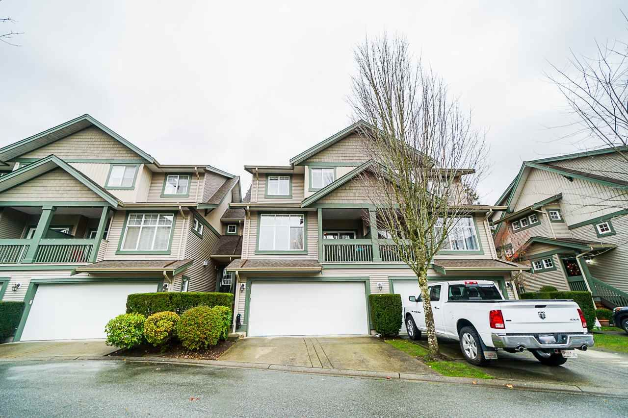 "Main Photo: 7 6050 166 Street in Surrey: Cloverdale BC Townhouse for sale in ""Westfield"" (Cloverdale)  : MLS®# R2519996"