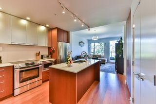 """Photo 4: 512 221 E 3RD Street in North Vancouver: Lower Lonsdale Condo for sale in """"ORIZON"""" : MLS®# R2276103"""
