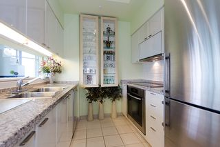 """Photo 13: 2803 1200 ALBERNI Street in Vancouver: West End VW Condo for sale in """"THE PALISADES"""" (Vancouver West)  : MLS®# V915150"""