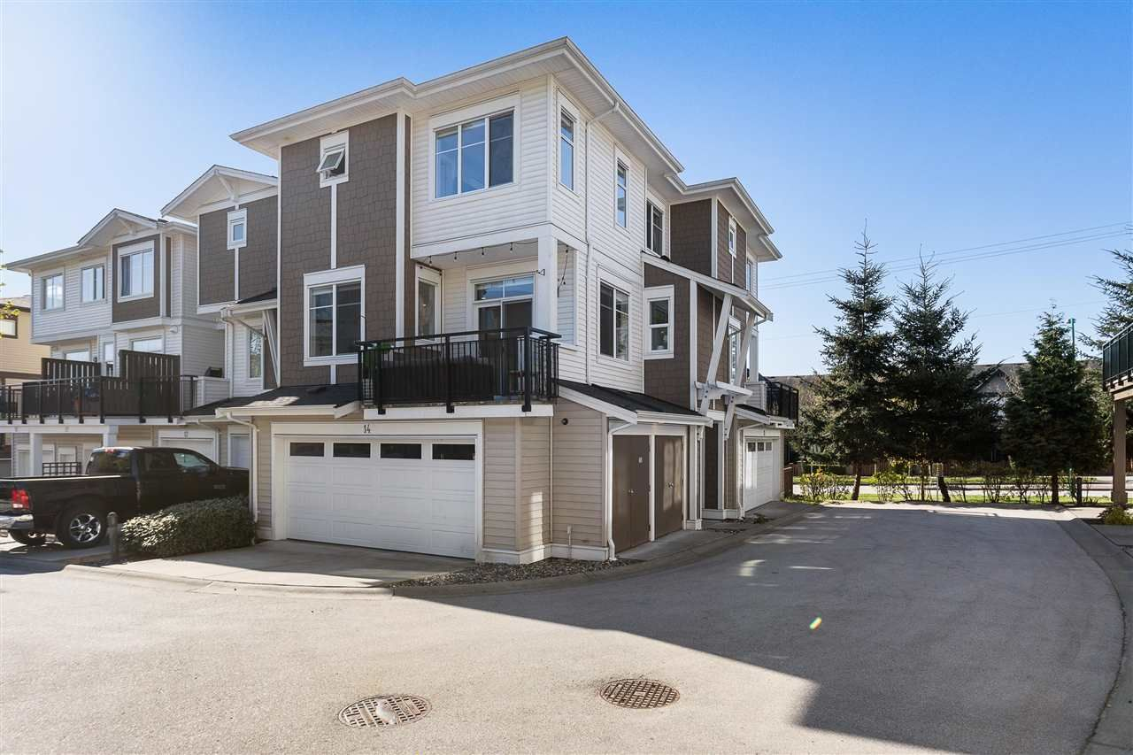 Main Photo: 14 19433 68 Avenue in Surrey: Clayton Townhouse for sale (Cloverdale)  : MLS®# R2571381