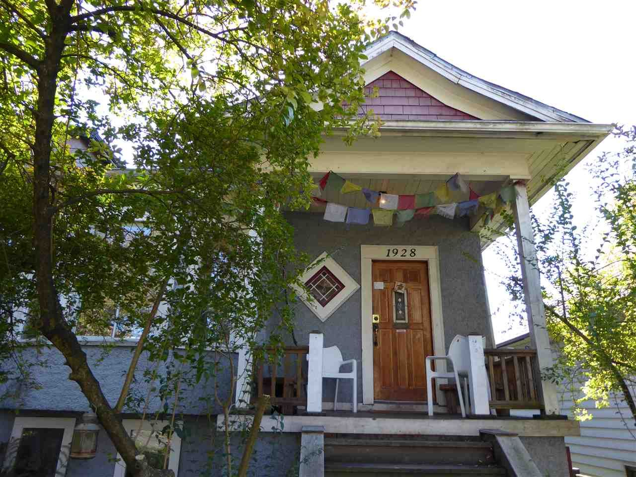 """Main Photo: 1928 E 3RD Avenue in Vancouver: Grandview VE House for sale in """"GRANDVIEW-COMMERCIAL DRIVE"""" (Vancouver East)  : MLS®# R2004010"""