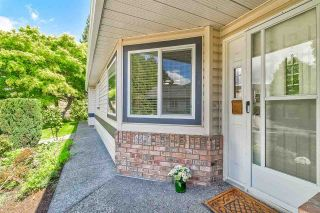 """Photo 3: 50 5550 LANGLEY Bypass in Langley: Langley City Townhouse for sale in """"Riverwynde"""" : MLS®# R2582599"""