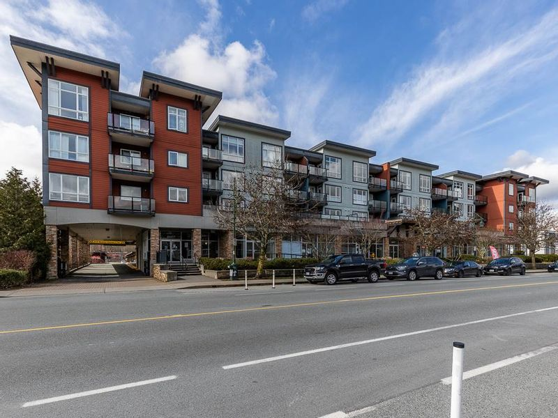 FEATURED LISTING: 316 - 40437 TANTALUS Road Squamish
