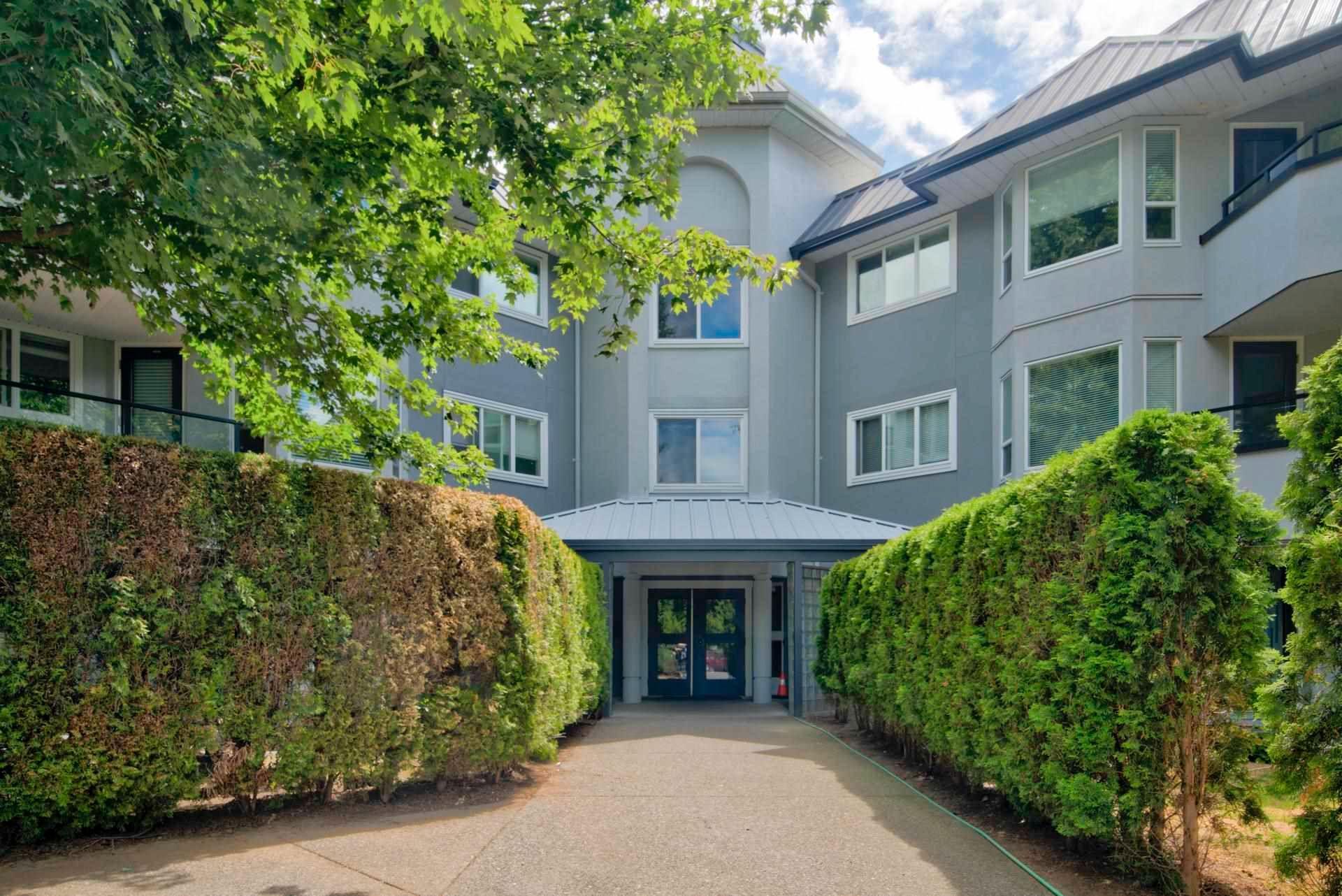 "Main Photo: 108 2700 MCCALLUM Road in Abbotsford: Central Abbotsford Condo for sale in ""The Seasons"" : MLS®# R2604622"