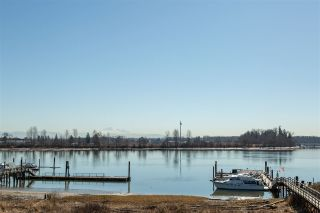 """Photo 2: 1 1888 ARGUE Street in Port Coquitlam: Citadel PQ Condo for sale in """"HERONS WAY"""" : MLS®# R2567939"""