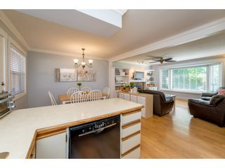 Photo 11: 9488 213 Street in Langley: Walnut Grove House for sale : MLS®# R2169405