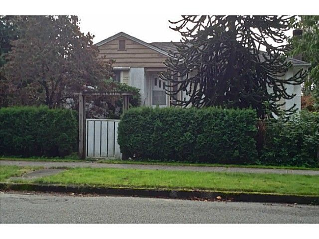 Main Photo: 4050 W 29TH AV in Vancouver: Dunbar House for sale (Vancouver West)