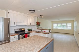 """Photo 8: 6 32380 LOUGHEED Highway in Mission: Mission BC Manufactured Home for sale in """"The Grove Mobile Home Park"""" : MLS®# R2586007"""