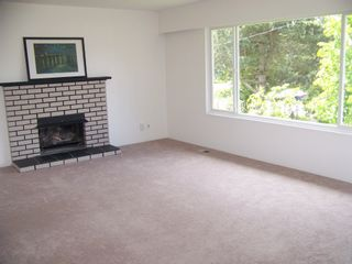 Photo 10: 1960 LILAC Drive in Surrey: King George Corridor House for sale (South Surrey White Rock)  : MLS®# F1014745