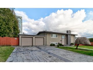 Photo 2: 501 MENTMORE Street in Coquitlam: Coquitlam West House for sale : MLS®# R2549444