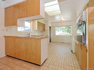 Photo 6: 665 Fairway Ave in VICTORIA: La Langford Proper House for sale (Langford)  : MLS®# 793820