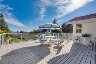 """Photo 8: 14528 SATURNA Drive: White Rock House for sale in """"Upper West White Rock"""" (South Surrey White Rock)  : MLS®# R2483571"""