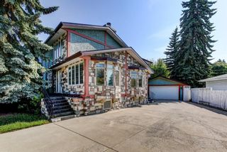 Photo 2: 4 Commerce Street NW in Calgary: Cambrian Heights Detached for sale : MLS®# A1127104