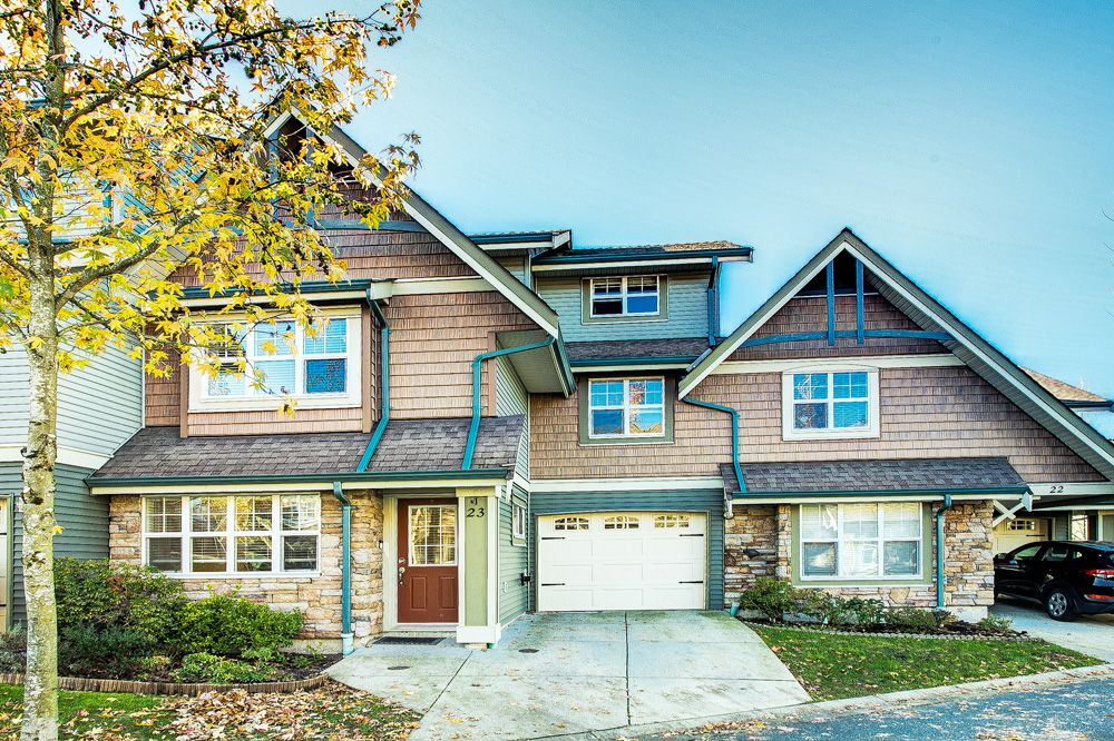 "Main Photo: 23 22977 116 Avenue in Maple Ridge: East Central Townhouse for sale in ""Duet"" : MLS®# R2515812"